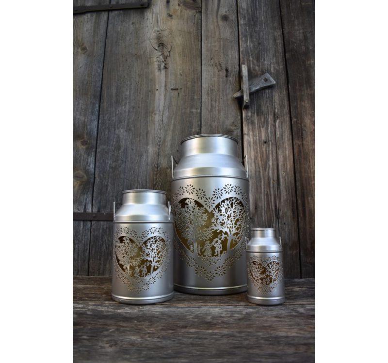 Trois lanternes boille à lait découpage amoureux en situation   Meli Melo boutique cadeau artisanat et décoration
